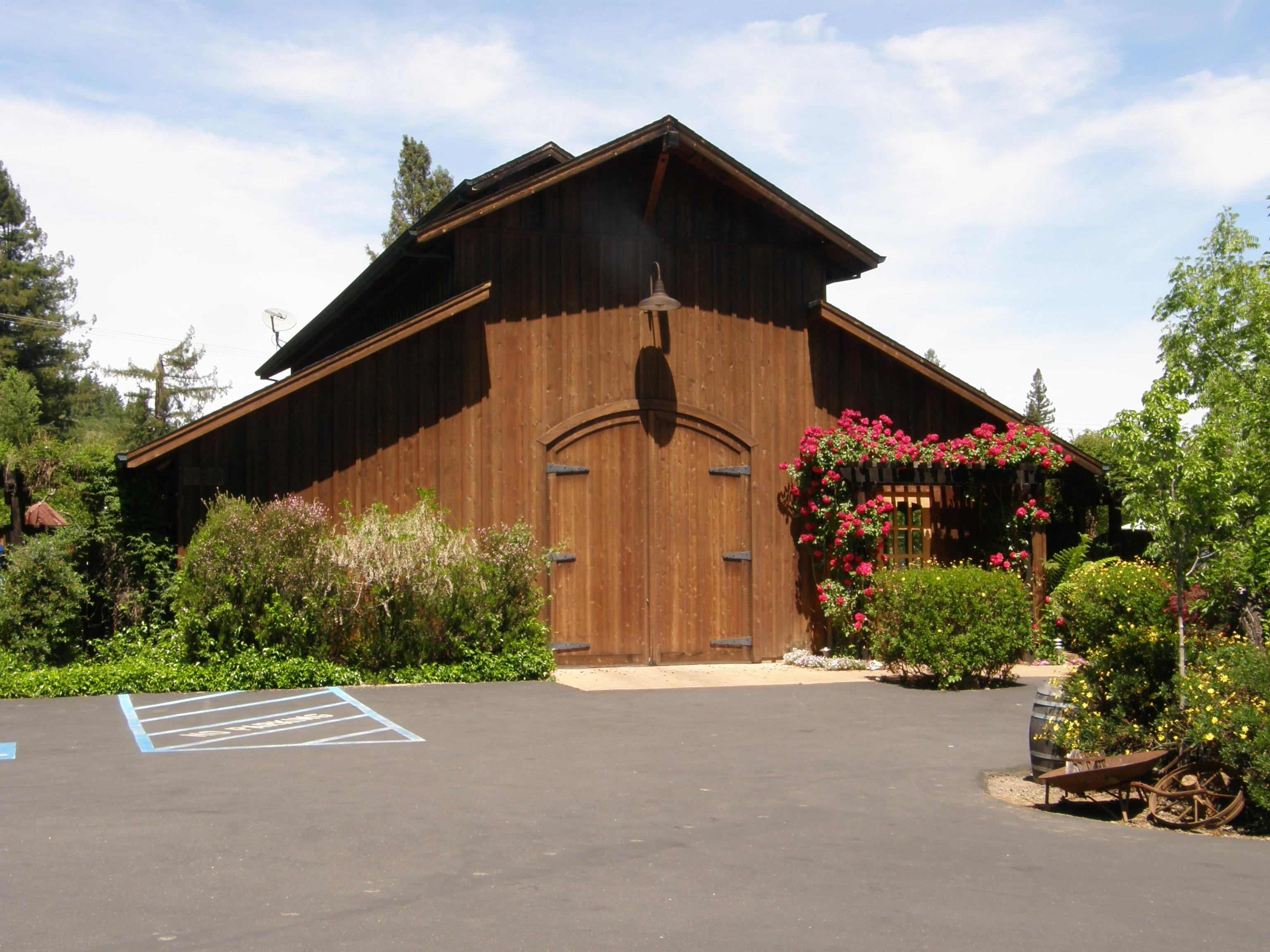 De La Montanya Estate Vineyards and Winery